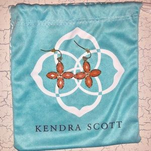 Kendra Scott Coral clover hanging earrings